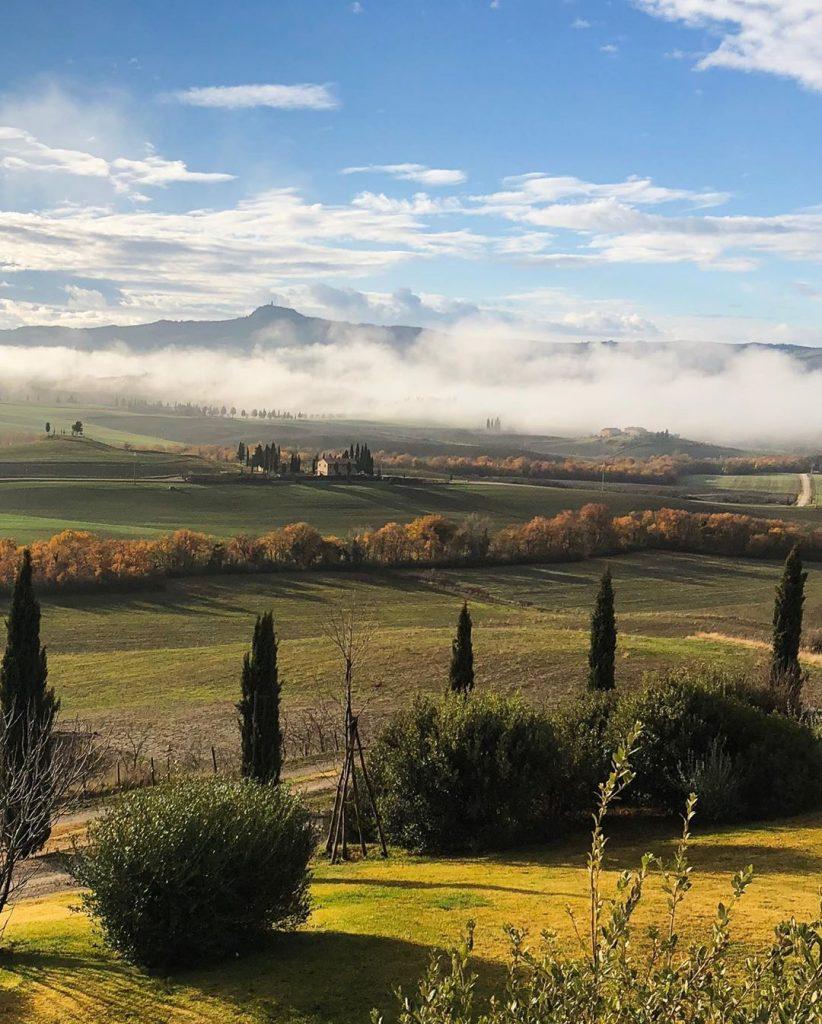 Registro das montanhas na região da Toscana, na Itália. (Imagem: Guy Berryman/Reprodução/Instagram)